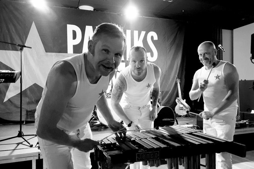 Afterski med Patriks Combo och pianobar med Elin Örebrand